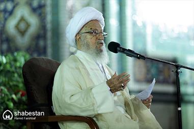 توصیههای آیتالله مکارم شیرازی به مداحان و عزاداران حسینی