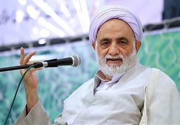 آموزش قرآن باید به مراسم نورانی اعتکاف تزریق شود