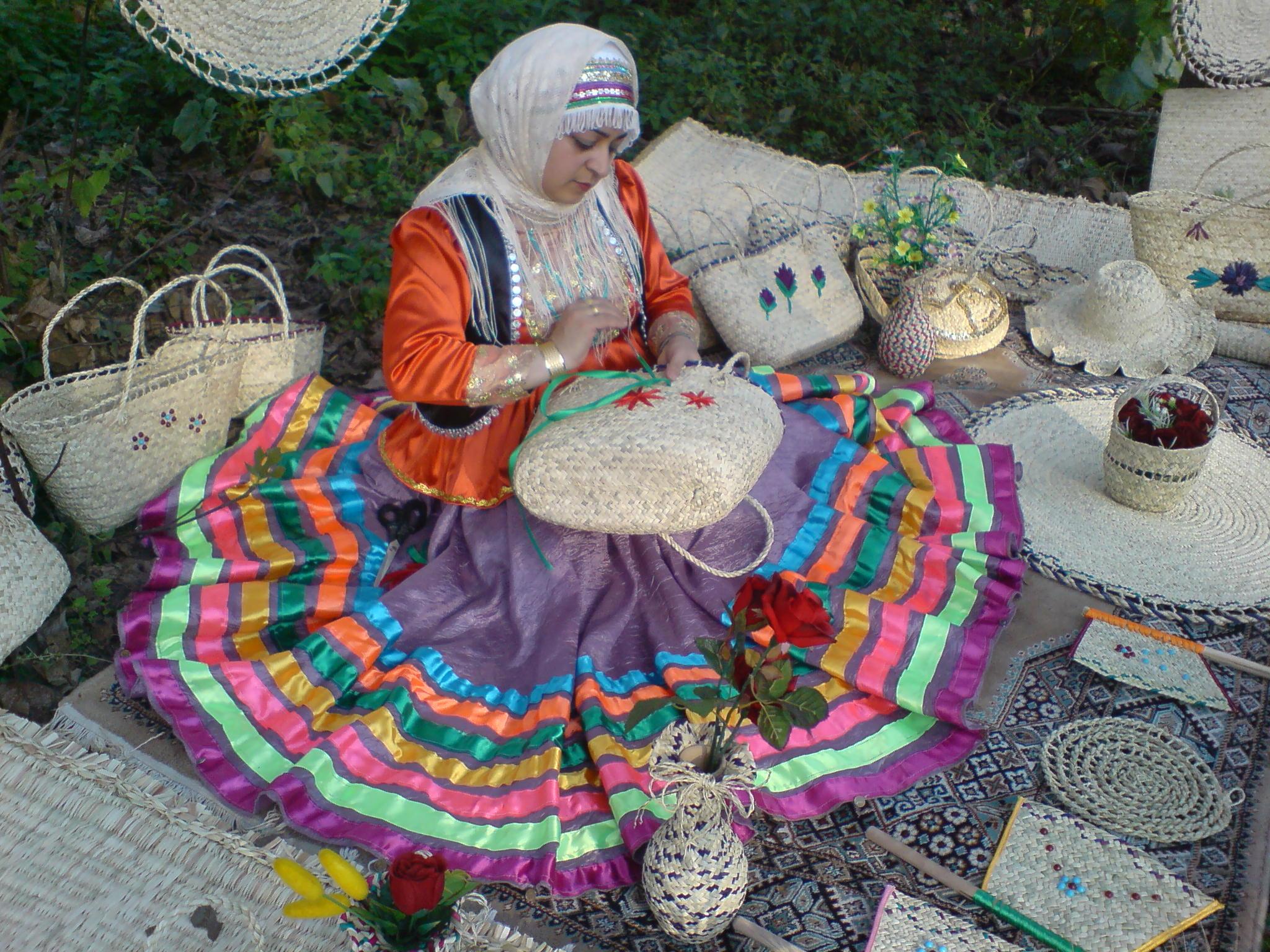 Image result for صنایع دستی گیلان