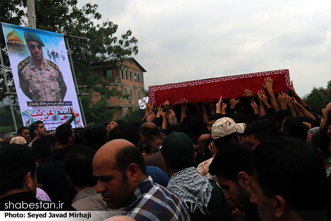 تشییع با شکوه پیکر پاک شهید مدافع حرم
