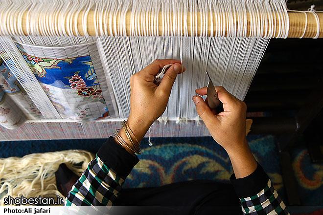 بررسی وضعیت اجتماعی و اقتصادی زنان سرپرست خانوار