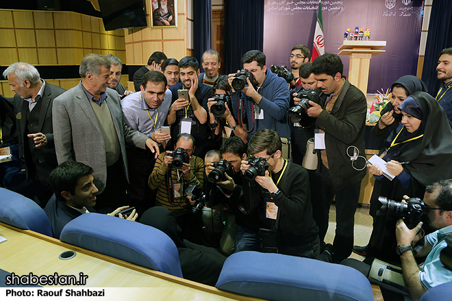 http://media.shabestan.ir/Original/1394/10/04/IMG17192550.jpg