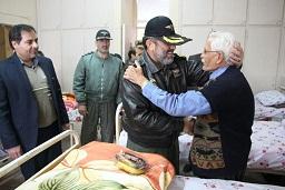بازدید فرمانده هوانیروز کرمانشاه از سرای سالمندان اِرم
