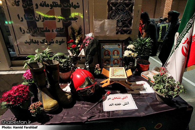 بزرگداشت مقام آتش نشانان شهید در مساجد مناطق  ۲، ۵، ۶ و۲۲