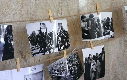نمایشگاه «از انقلاب تا دفاع از حرم» در روستای شیبکوه سندرک افتتاح شد