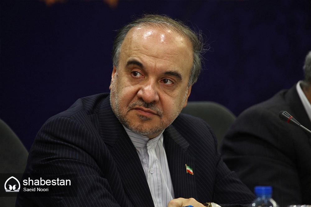 وزیر ورزش و جوانان با ورزشکاران و جوانان منطقه سیستان دیدار می کند