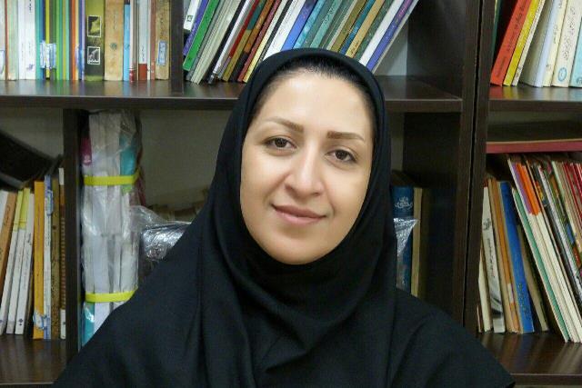 مربی کانون خوزستان شاعر برگزیده جشنواره ملی «شعر آیات» شد