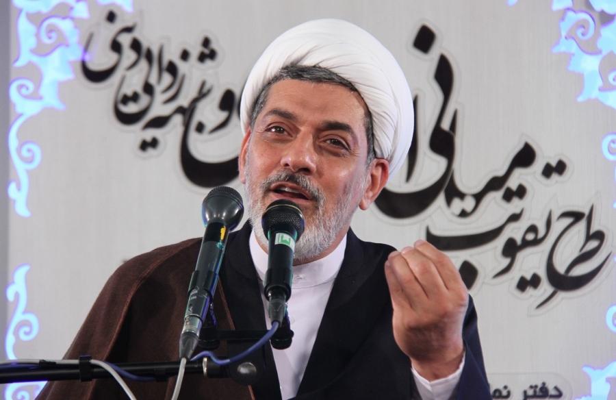 نباید تحتتاثیر شبههافکنی دشمنان اسلام و انقلاب درباره روحانیت قرار بگیریم