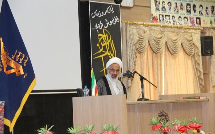 مردودی خواص جریان انقلاب اسلامی را متوقف نکرده است