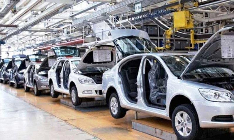 صنعت خودرو راهبرد ندارد