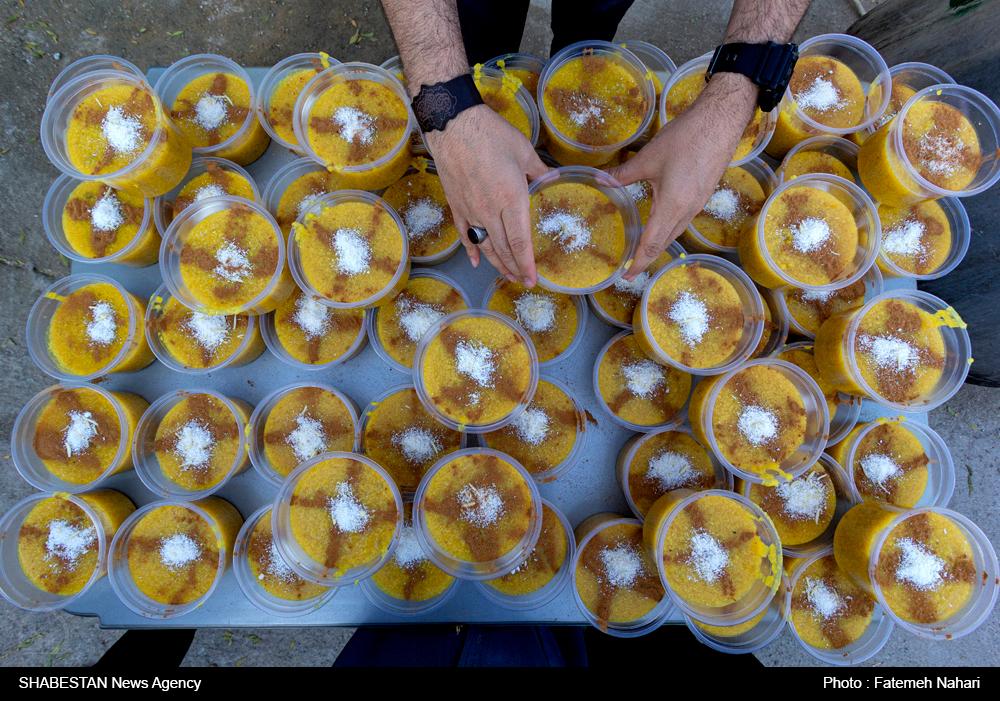 توزیع 14 هزارکیلوگرم شله زرد به مناسبت سالروز اغاز امامت امام عصر (عج) در شیراز