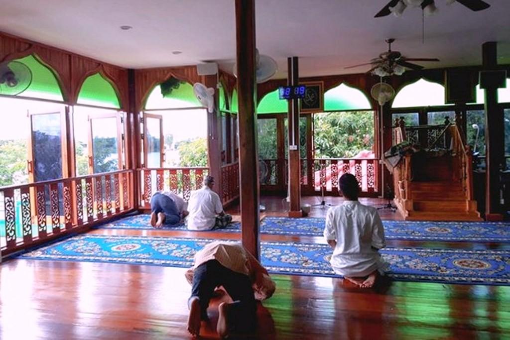 افتتاح مسجد تعطیلشده توسط بودائیان پس از 5 سال