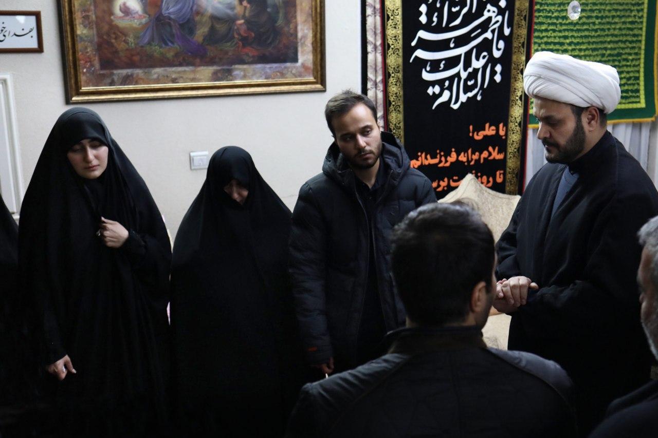انتقام حاجقاسم را میگیریم/ قول دبیرکل نُجَباء به دختر شهید سلیمانی