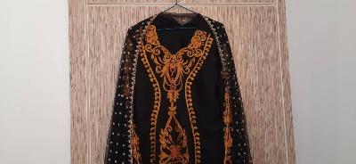 احیای لباس های سنتی و بومی در راستای کارآفرینی بانوان