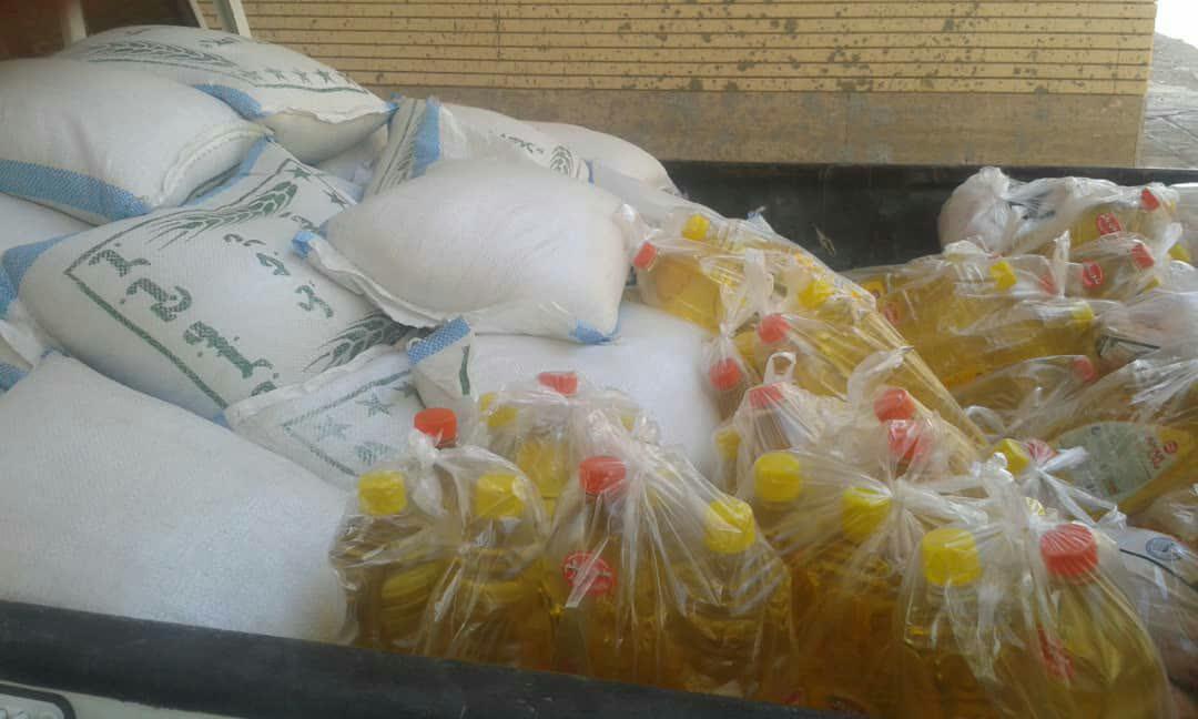 320 پرس غذای تبرکی و بسته معیشتی عید غدیر به همت کانون «یاس نبی (ص)»،  بین نیازمندان توزیع شد