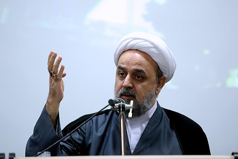 حج بهترین اجتماع مسلمان برای مقابله با استکبار جهانی است