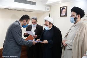 تجلیل از دستگاه ها و فعالان کارگروه مساجد ستاد بزرگداشت دهه فجر انقلاب اسلامی