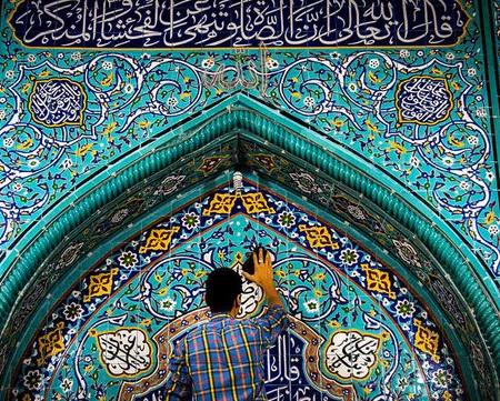 ۲۵ مسجد به صورت نمادین در بشرویه غبارروبی می شود