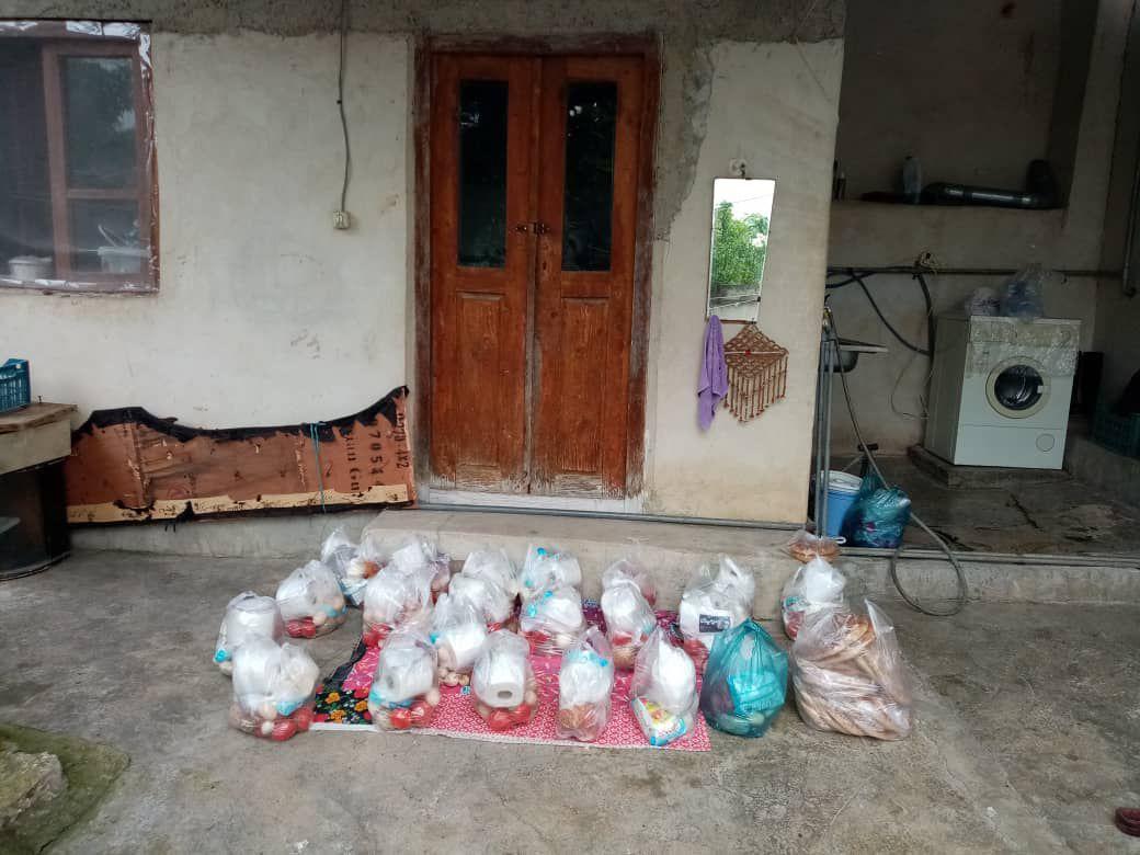 توزیع 21  سبد کالا در بین نیازمندان روستای گرجی محله بهشهر به همت بچه مسجدی ها