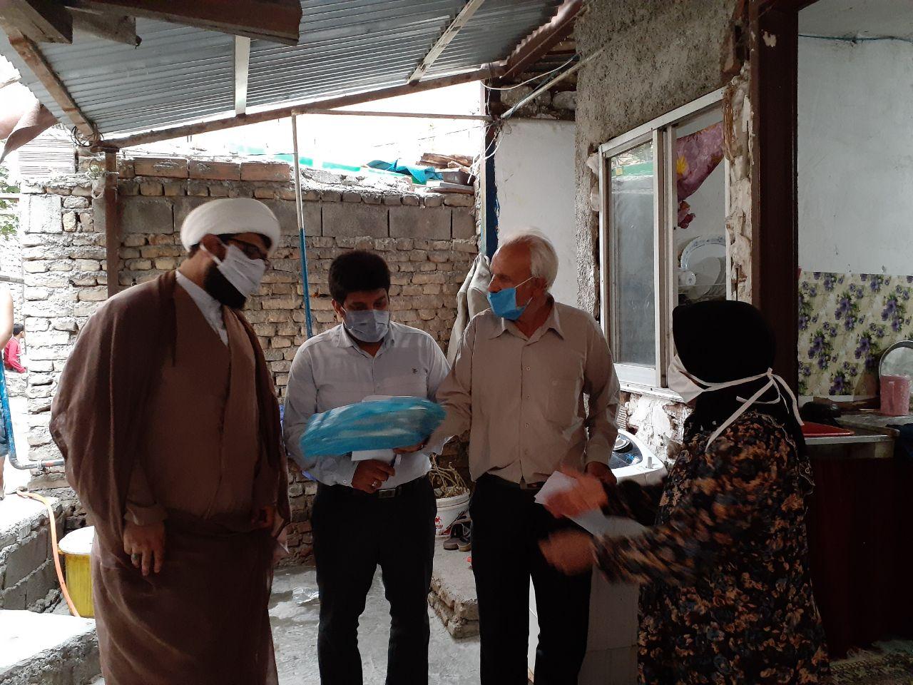 IMG 20200817 190133 103 - توزیع یکصد بسته گوشت قرمز به همت کانون مسجد امام علی(ع) نکا در محرم
