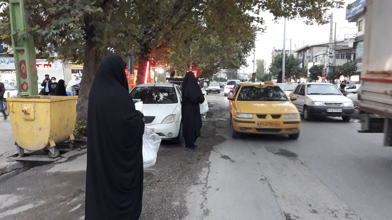 IMG 20201008 184048 914 - توزیع ۱۰ هزار ماسک بهداشتی به همت موکب انصارالحسین(ع) نکا در اربعین حسینی