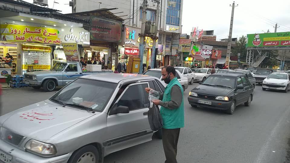 IMG 20201008 184051 802 - توزیع ۱۰ هزار ماسک بهداشتی به همت موکب انصارالحسین(ع) نکا در اربعین حسینی