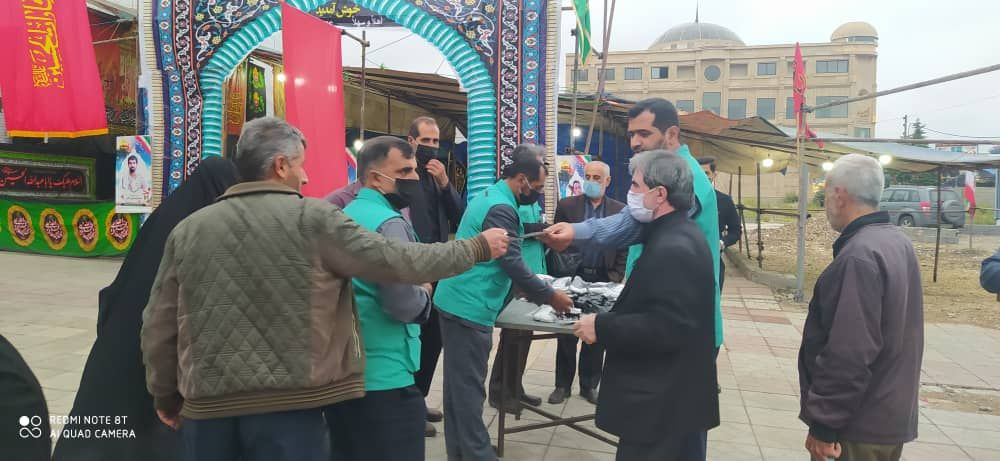IMG 20201008 184051 871 - توزیع ۱۰ هزار ماسک بهداشتی به همت موکب انصارالحسین(ع) نکا در اربعین حسینی