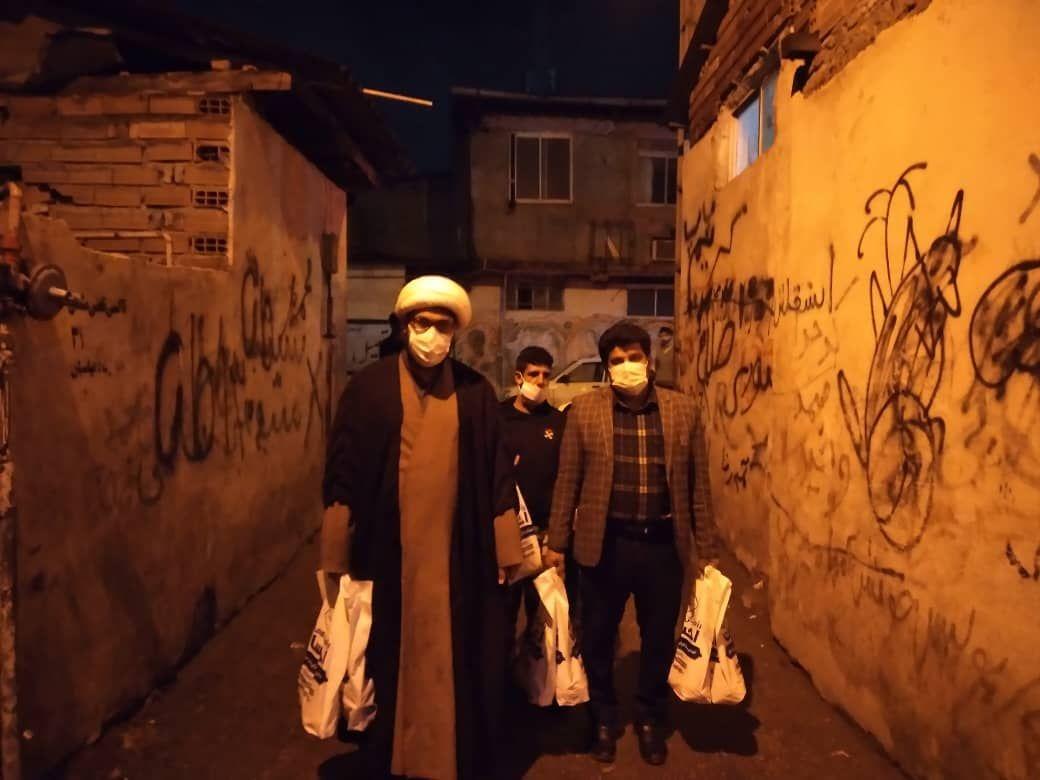 IMG 20210927 115533 285 - دستگیری از نیازمندان به همت کانون امام علی(ع) نکا درشب اربعین