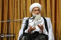 امام خمینی(ره) دین اسلام ناب محمدی(ص) را به متن زندگی مردم آورد/ مسئولین  قدر  مردم را بدانند