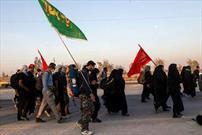 پیاده روی جا ماندگان از اربعین در نقاط مختلف استان مرکزی