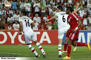 بازی تیم های ملی فوتبال ایران و امارات