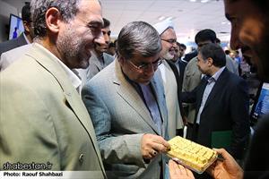 بازدید وزیر ارشاد از نمایشگاه دستاورد های وزارت خانه