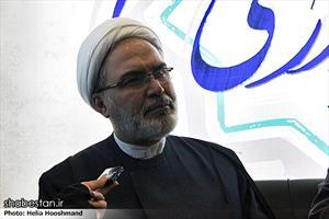 حجت الاسلام والمسلمین سلیمانی در پنجمین روز نمایشگاه مطبوعات و خبرگزاری ها - غرفه ی شبستان