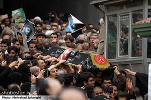 تشییع پیکر زنده یاد فرج الله سلحشور