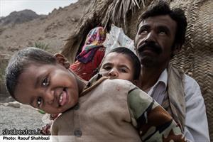 مردمان این مناطق از مراکز بهداشتی و درمانی بی نصیب هستند .
