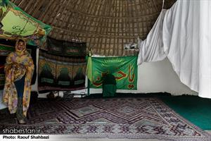 مردمان این مناطق شیعه هستند و نمازخانه آنها فعال است .