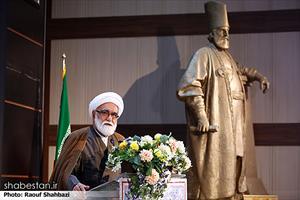 حجت الاسلام موزی در مراسم  رونمایی از کتاب دارالخلافه
