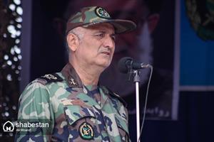 مراسم رژه روز ارتش جمهوری اسلامی ایران- امیر سرتیپ دوم علی ظریفی یگانه، فرمانده ارشد ارتش در جنوب غرب کشور