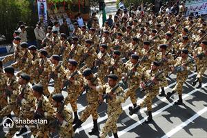 رژه نیروهای مسلح در بیرجند