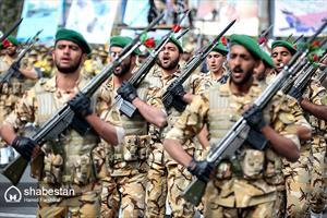 مراسم رژه روز ارتش در مشهد
