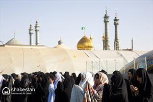 اقامه نماز عید فطر در حرم مطهر حضرت معصومه(س)