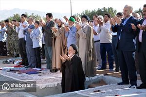 اقامه نماز عيد فطردر بيرجند