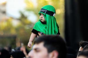 تصویری/محمود کریمی شب هفتم محرم (زمینه)