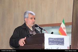 محمد حسین اسلامی، مسئول کانون «مدینه النبی (ص)» شیراز در مراسم بزرگترین اردوی دانش آموزی کشور در شیراز