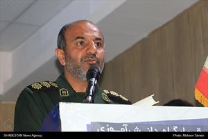 سرهنگ موسی زارعی، فرمانده سپاه ناحیه ثارالله (ع) شیراز در مراسم بزرگترین اردوی دانش آموزی کشور در شیراز