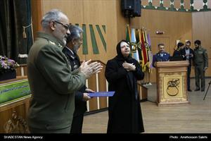 گرامیداشت هفته پژوهش در دانشگاه دافوس ارتش