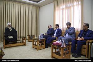 دیدار وزیر جدید بهداشت با مراجع تقلید