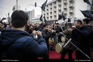 تجمع فاطمیون در میدان فاطمی تهران