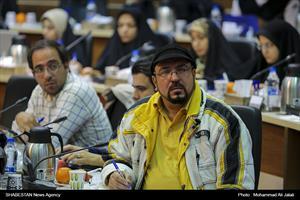 نشست خبری شهردار قم با اصحاب رسانه