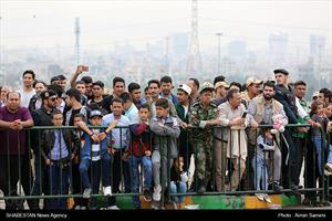 رژه یگانهای نمونه نظامی و انتظامی در روز ارتش